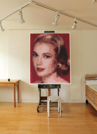 PinUp for soldiers (Grace Kelly, studio)